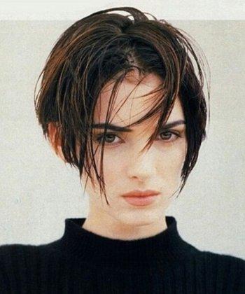 女生中分中短发发型图片