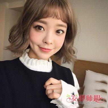 2018世界杯体育投注平台的女生发型图片 二次元短刘海怎么剪