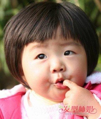 小女孩蘑菇头短发发型图片 女孩蘑菇头发型图片