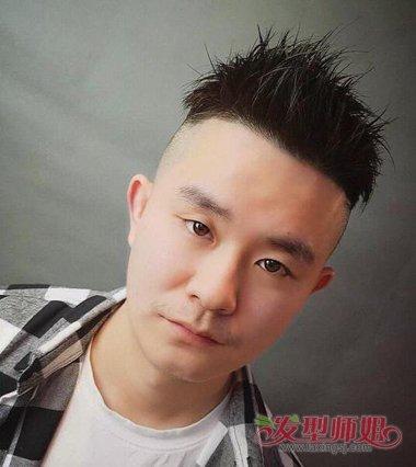 男生发型 男生短发 >> 社会小伙精神短发 东北社会人发型  黑色的头发图片