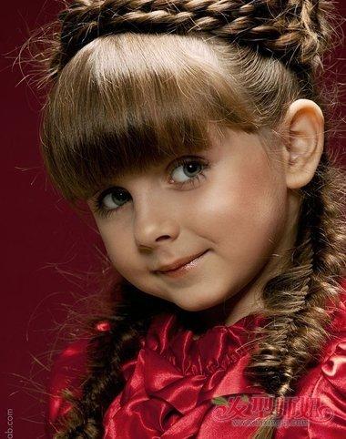 外国儿童编头发花样 外国儿童头发编织教程图片