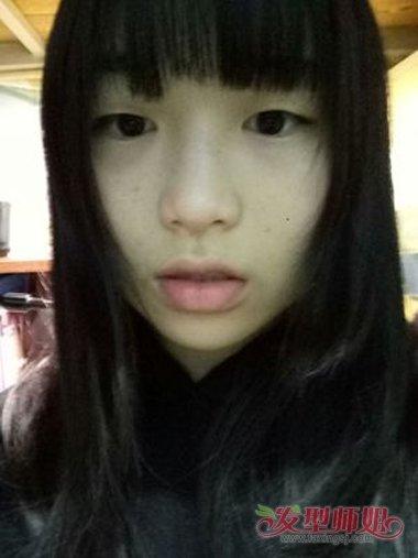 方脸怎样剪二次元刘海 适合于脸型的发型图片