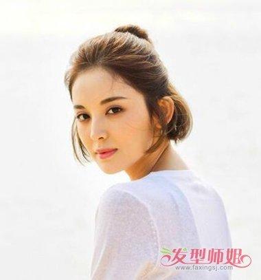 女生无刘海半扎丸子头发型图片