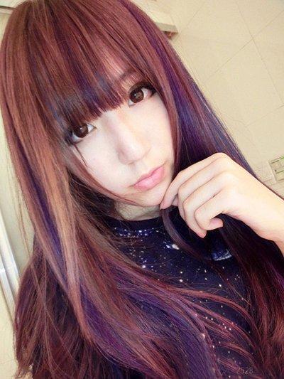 长 直发是很简单清新的,想要你的长发很时髦,染发是很不错的选择,平图片