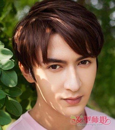 男生蘑菇头发型图片 2019男生流行蘑菇头发型图片