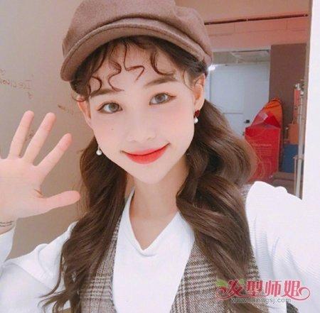 二次元刘海双马尾扎发发型图片