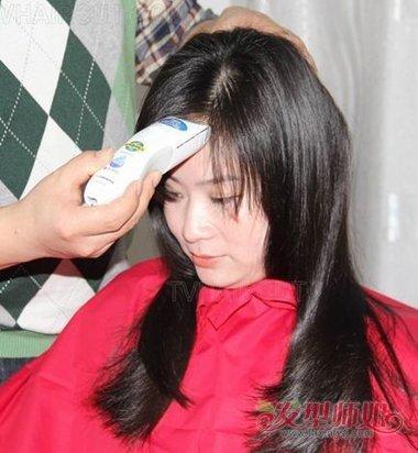 新入伍女兵剃光头 女兵体格检查剃光头_发型师姐图片