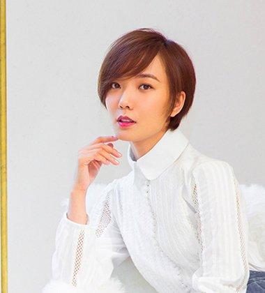 发型设计 短发 >> 2018职场女士最新偏梳短发发型 干练优雅又时髦