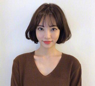 发型设计 短发 >> 2018最新韩式女生短发发型look 清甜女生必备发型(3