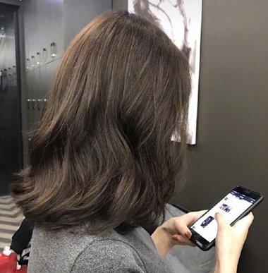 最适合披肩发女生的烫发发型安利 蓬松优雅又好打理(4
