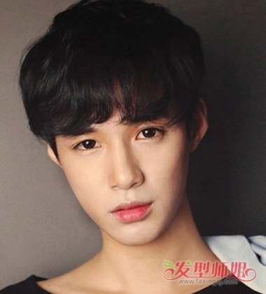 瓜子脸 >> 瓜子脸适合什么刘海 男士标准脸发型图片  标准脸型的男生