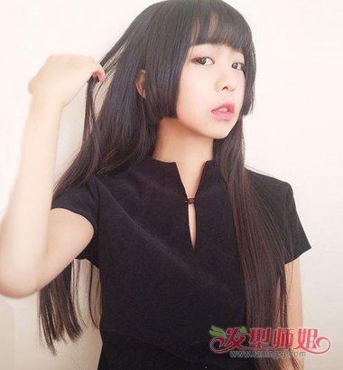 流行发型 淑女发型 >> 剪水母头教程 女士水母头剪发  齐 刘海的发型图片