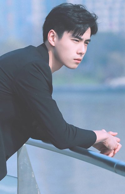 美男子发型高颜值的你会不心动 2018美男子短发发型错过太可惜(2)