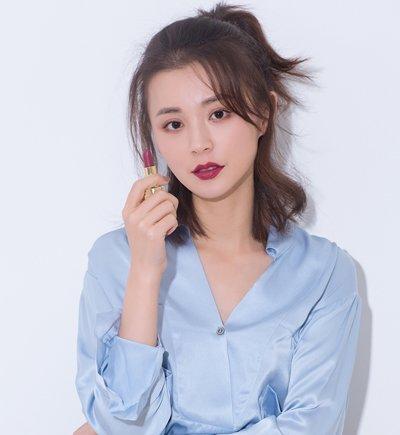 aainforest 分享到  额头款的中短发女生,梳半扎发发型的时候,刘海可图片