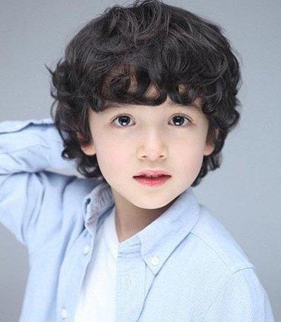 男儿童泰迪卷烫发发型图片