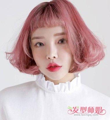 女生短刘海内扣烫短发发型图片