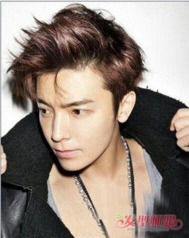 头型尖男生精剪短发打造 咖啡发色大炫潮流时尚(4)图片