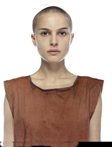女生短发内层剃短 剃光头半年长多少图片