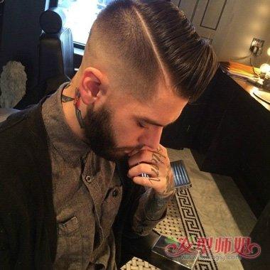 男子被脑勺掏空视频_尖下巴男生刀疤发型打造 后脑勺碎发如何修剪时尚