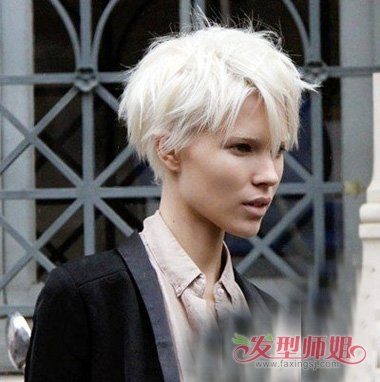 发型脸型 长脸 >> 银白头发剪空气刘海适合吗 长脸女生剪出的短头发图片
