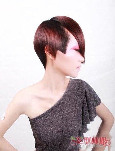 剪超短的头发,是需要发型的搭配,才能绽放出你与众非凡气质,长脸女生图片