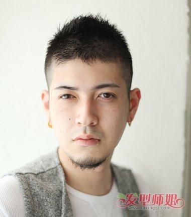 男生发型 >> 脸型圆男生剃小平头发型 走欧美风格超短发打造  2018-0图片