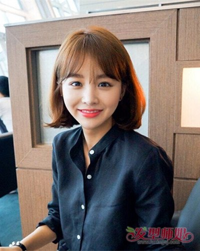 48岁长脸女士剪超短发有刘海造型 中年人染棕色头发好看吗图片