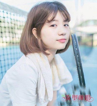 流行发型 >> 韩国尖下巴女生剪齐肩短发造型 小女生如何剪刘海好看呢图片