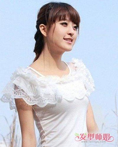 流行发型 >> 如何扎中国复古风潮造型 脸小头发长女生怎样梳头好看图片