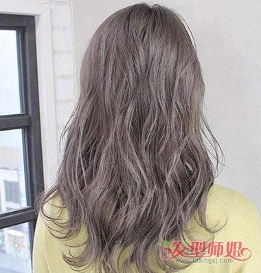 女生后梳青木亚麻灰色长发发型