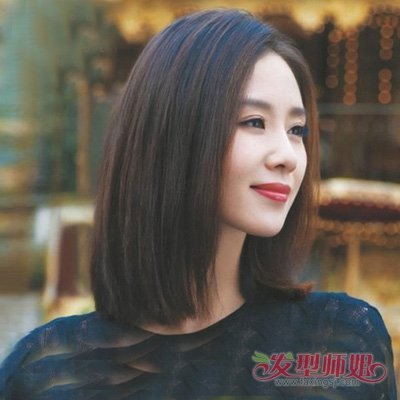 流行发型 >> 无刘海波波头梳偏分好看吗 尖下巴女生剪短直发造型图片