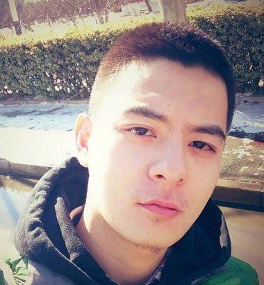 男生发型 男生短发 >> 男士板寸理发教程 两边剃光的板寸发型  黑色的图片