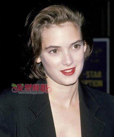 来自外国女生的不羁短发诱惑 winona ryder发型是焦点图片