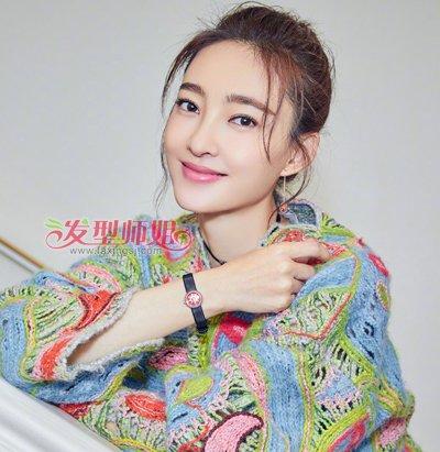 流行发型 刘海 >> 宽脸 齐刘海=扁脸 女生龙须刘海发型才是你最佳选择图片