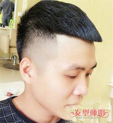 男生短头发两边铲帅气时髦发型图片