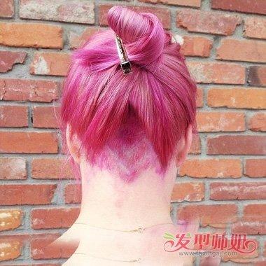 女生后脑勺刻痕帅气发型图片 教你刻痕长发两不误的方法步骤图片