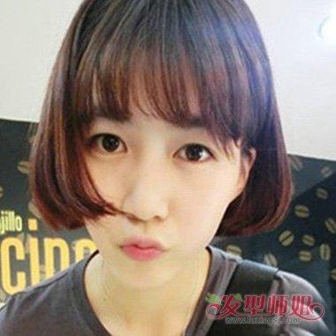 发型设计 短发 >> 女生剪齐刘海露耳短发美度倍增 时尚露耳短发需要图片