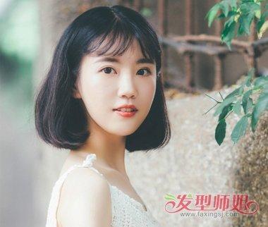 种草中分八字刘海就是不知道怎么弄得 女生中分八字刘海打理技巧