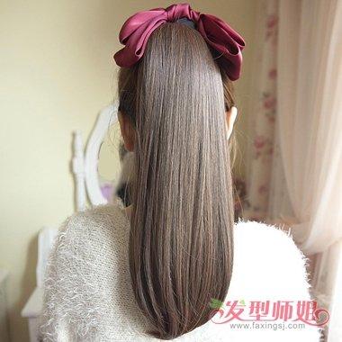 女生又长又厚的头发怎么扎起好看 头发厚适合扎时尚马尾辫子吗图片