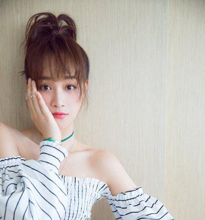 女生发际线一旦后移就显老 2019女生新款刘海发型堪比