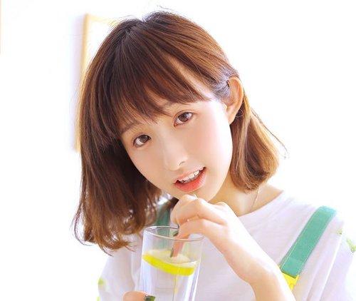 流行发型 刘海 >> 梳齐肩内扣的短发用空气刘海好吗 2019流行空气刘海图片