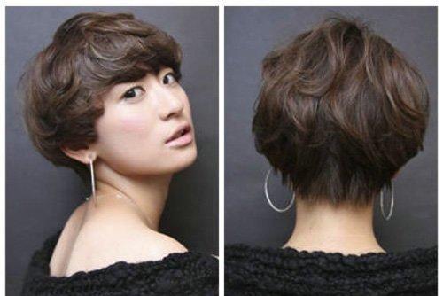 耍出青春有活力的假小子造型,倘若想要深入了解的话,拿下面发型作为