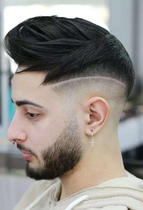 00后男生剃帅气飞机头短发打造 开启男神第一步剃层次图片