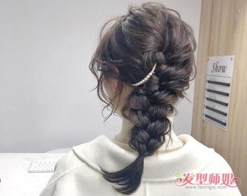 做个温柔女孩子剪中长发扎低马尾 温柔系女生日常扎低辫子发型教程图片