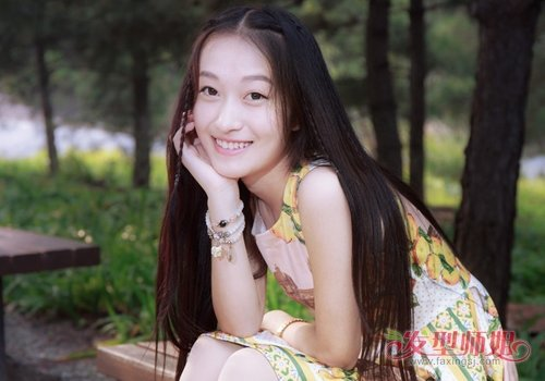 刘海长长没来得及收拾?那就编起来 2019女生甜美刘海编发不拘于年龄