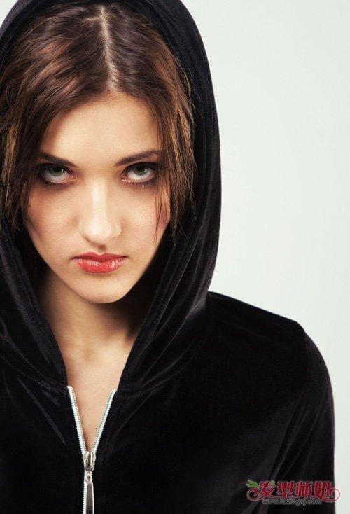 性感不失清纯长脸女生直发系 拯救没有女人味中短直发造型