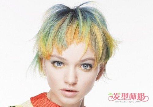 夸张潮范儿沙宣发型不仅有型也有色 以黄色为底怎么配色更符合沙宣要求
