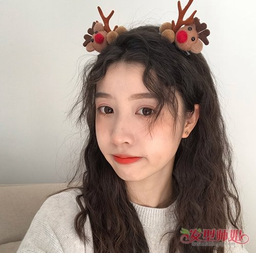 21:00来源:发型师姐编辑:aainforest  年轻漂亮的女学生2019年打造图片