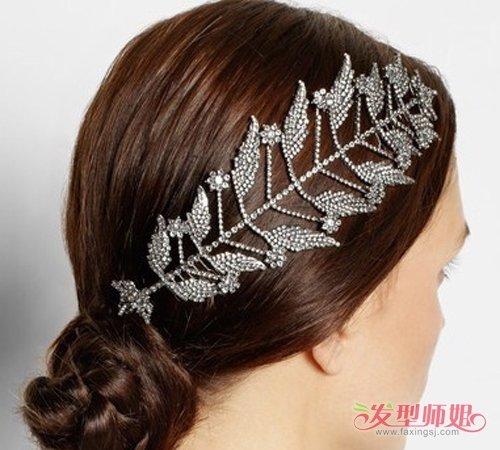 女生气质低盘发侧边发饰发型图片