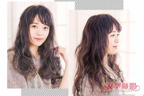 方脸女生中长发添加人气爆表 百搭有质感的卷烫头发提升颜值